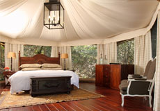 Bed in Thanda tented Camp